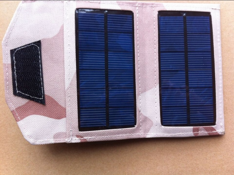 35-and-7-watt-solar-charger-for-cell-phones-digital-camera-mp3-mp4-psp-pda-iphone-ipad