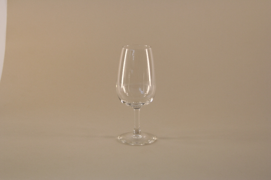 universal-wine-tasting-glass