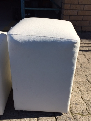 ottoman-single-white-30-x-30