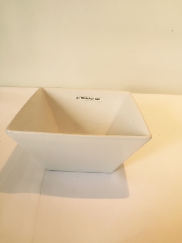 square-trumpet-salad-bowl--small