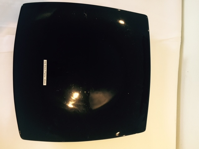 black-coupe-plate-30x30