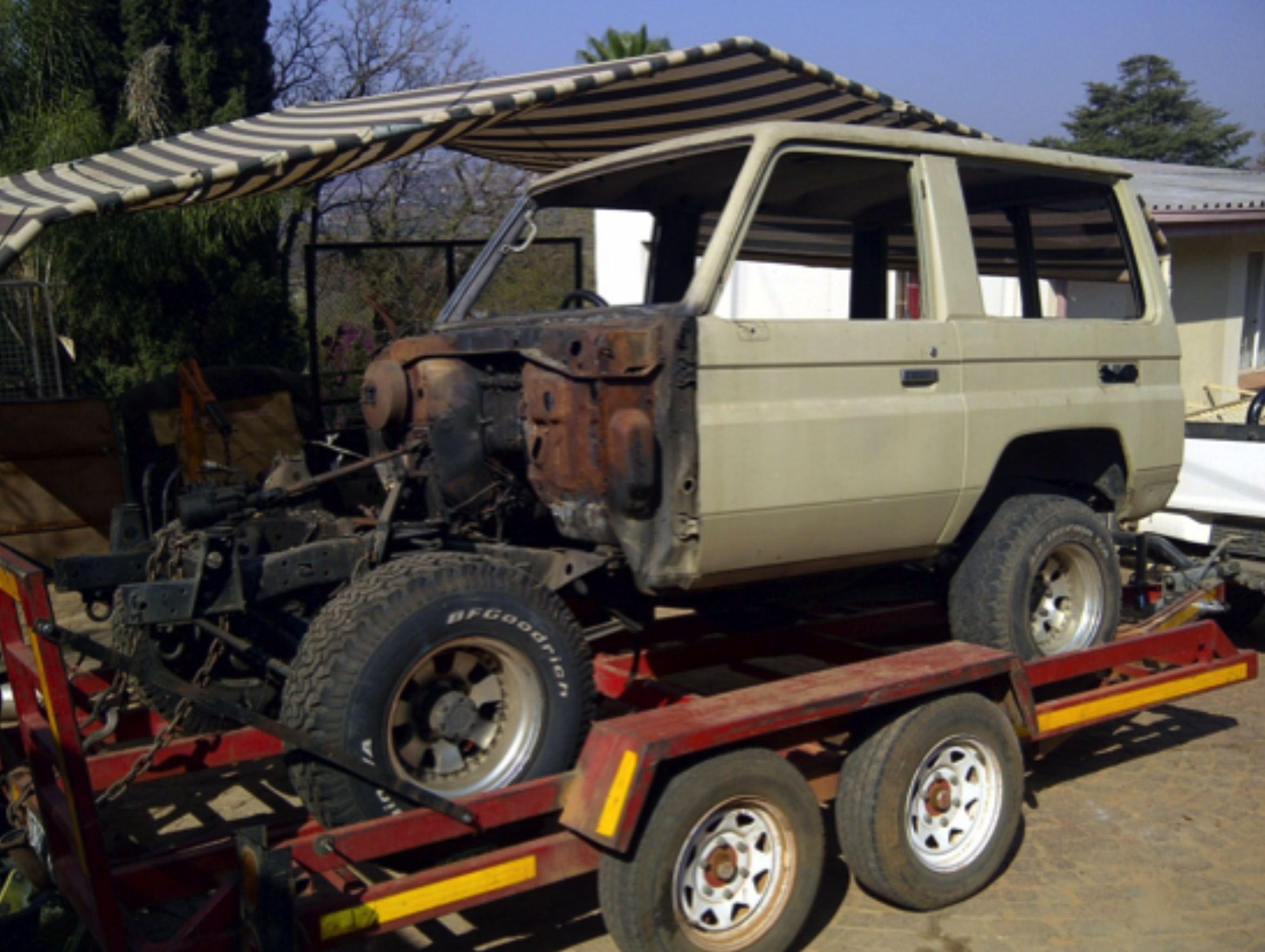 Team Kwagga 13 14 Zfactor 1960 Toyota Land Cruiser Fuse Box The Start Of A Partially Burnt Out 1993 Lj71 17 August 2012