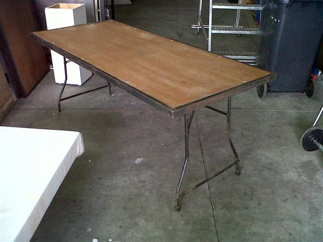 table-long-24-x-800-steel-legs