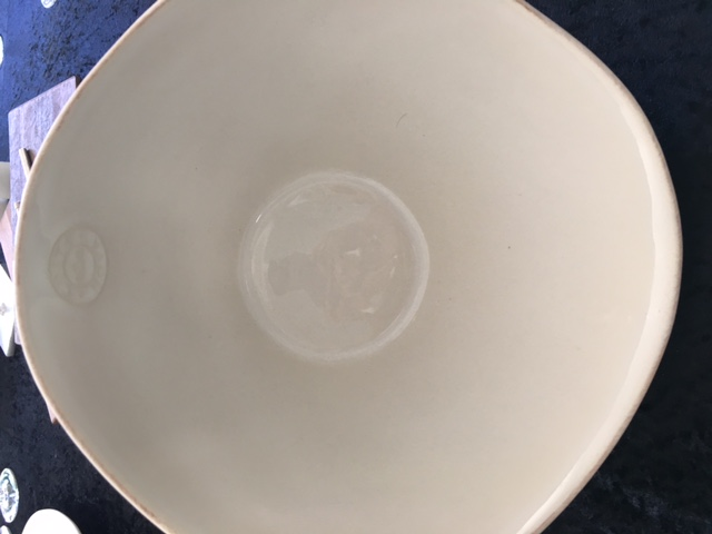 v-salad-bowl-white-26cm-costa-nova