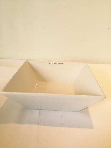 square-trumpet-bowl-medium
